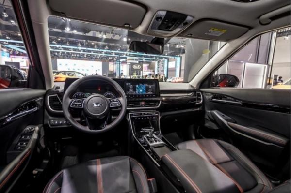 _【全新一代傲跑稿件】颜值出众、配置过硬,这款小型SUV将成为市场搅局者?562