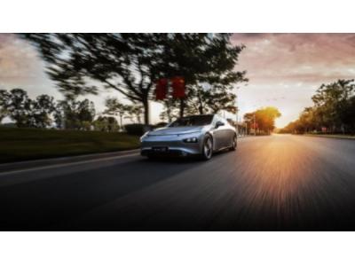 小鹏P7后驱长续航车型正式发布并启动预售,预售价格24万元起